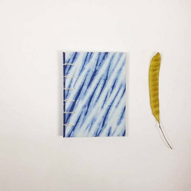 Shibori & Indigo Notebook Handcrafted Special Edition Collaboration between La Agonía Libros & Tinctórea